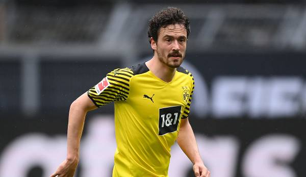 Thomas Delaney is moving from Borussia Dortmund to Sevilla for a fee of 7 million euros, leaving only a medical and an official contract only.